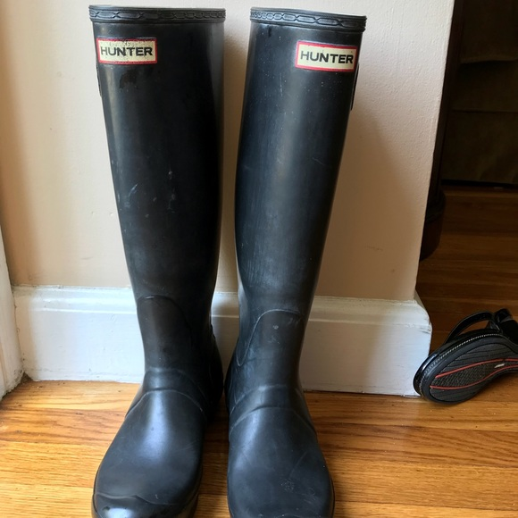 c1261ed6eb7c Hunter Shoes - Tall hunter black boots - gently worn great price